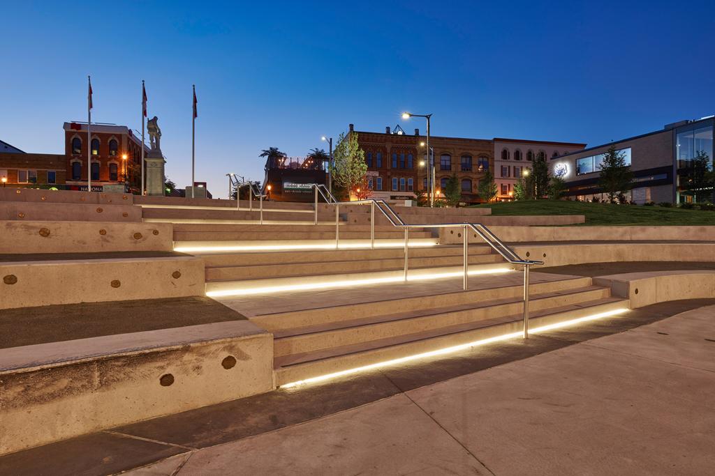 Memorial-Square-Meridian-PlaceDSC_7760